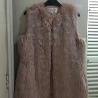 Zara Trafaluc Faux Fur Vest Excellent condition Used only once