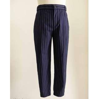 UNIQLO 深藍色 條紋 可休閒 可正式 九分長褲 西裝褲  M號   非常帥氣