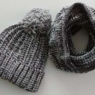 Winter Knit Toque w/Snood Scarf Set
