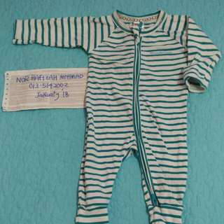 Bonds Preloved stripes 0-3months