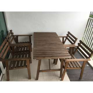Outdoor/Garden Table with 4 Chairs (with armrest)