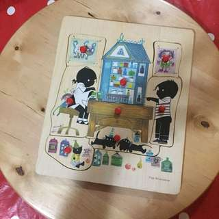 Toys puzzle wooden