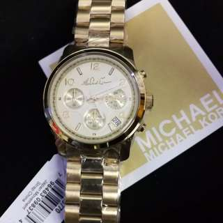 Michael Kors Runway Chronograph in Gold Tone