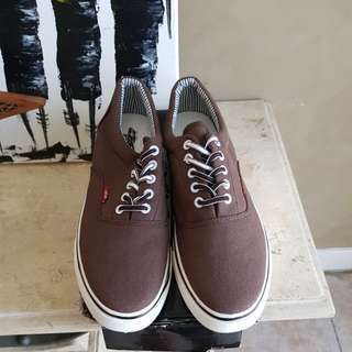Mens elong brown canvas shoes