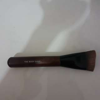 Bodyshop contour brush
