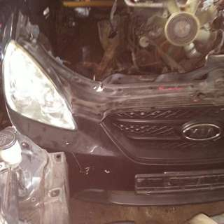 Kia Rondo 2011 / Nose cut