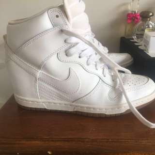 Nike high top sneakers size 7