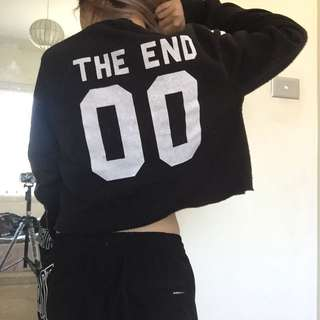 THE END 00 JUMPER