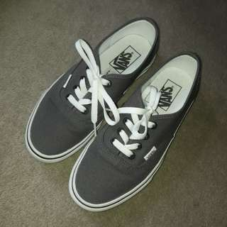 Vans shoes sneakers grey Size EU38