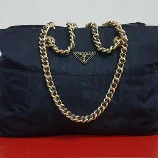 Prada Chain