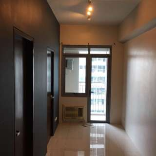 ParkWest @ The Grand Hyatt Condo for Rent