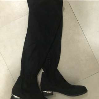 Brand New Bevivo over knee boots
