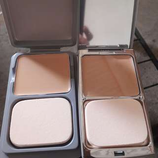 Natural Beige Foundation comes wd refill