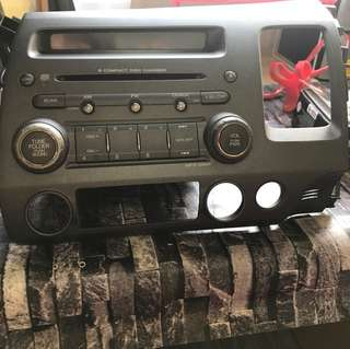 6 compact disc player/changer