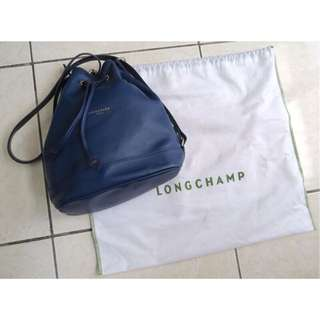 Oreo LaLa 🐈現貨 Longchamp深藍色束口水桶包耐用小資女簡約百搭二手拍賣