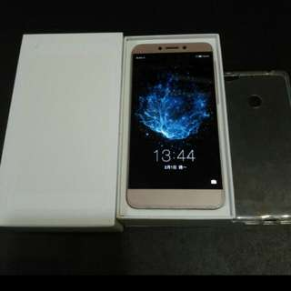 98% gold colour letv 1s 507 32gb, full set with box.