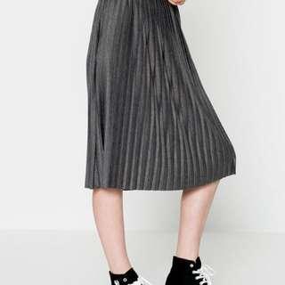 Pull and bear skirt