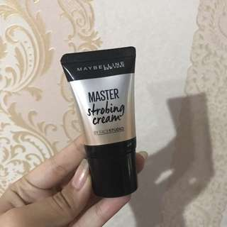 Master strobing cream