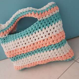 Crochet bag in various designs & colours