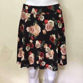 H&M Divided Floral Skirt