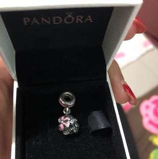 Pandora flower charm