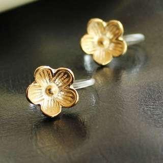 🐧韓國金色小梅花樹脂耳夾Korea Golden Plum resin ear clip