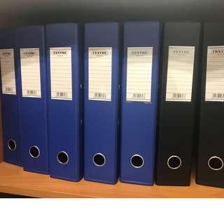 Paper compartment & 7 arch files