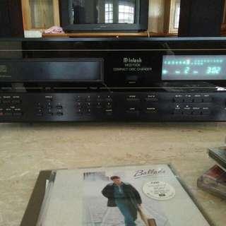 McIntosh cd player model MCD7008