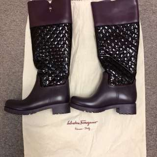 Salvatore Ferragamo (long boot)