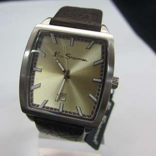 Gents Leather Strap Watch