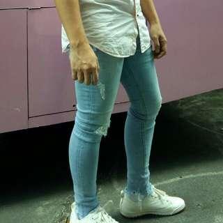 Bershka   Acid Wash Supper Skinny Ripped Jeans