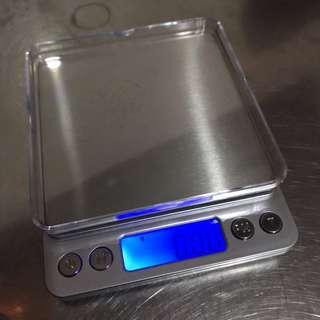 Timbangan Digital (Digital Scale)