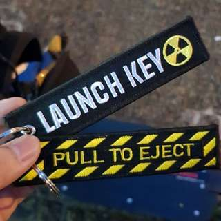 Keychain tags (launch key/pull to eject)