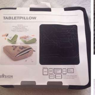 Bosign Tablet Pillow