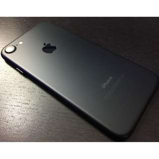iPhone 7 black 1.3 Years old 32 GB minor scratches with box