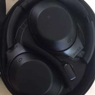 Used only once Black Sony MDR 1000X Headphone
