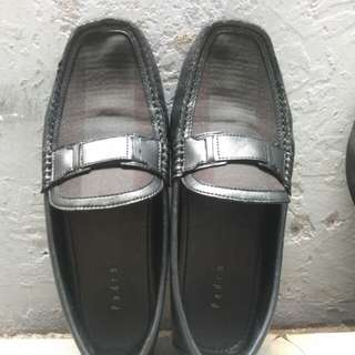 Pedro Loafers