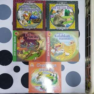 Malay assorted story books (5titles)