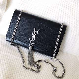 Medium Saint Laurent kate tassel bag