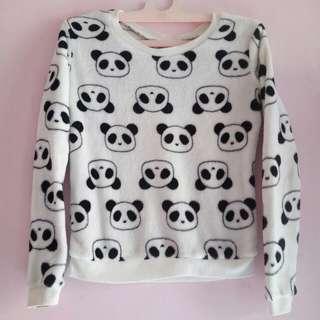 Sweater baby panda