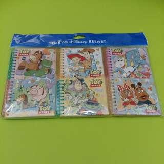 全新 東京迪士尼購入 Toy Story 玩具奇兵彩頁迷你記事簿6本