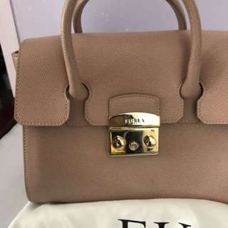 Furla bag 100%new full set