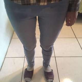 水藍色彈性長褲