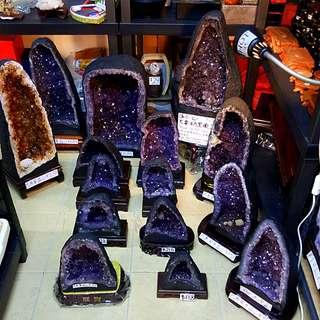 NEW TOP GRADE AMETHYST CAVE 新的顶级紫水晶山