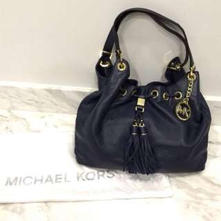 "Michael Kors ""Camden"" bag in soft venus leather with golden hardware"