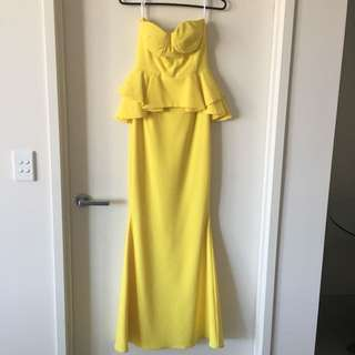 Yellow gown dress