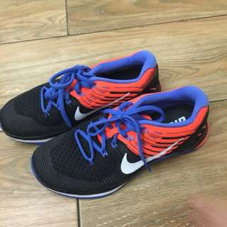 Nike Metcon Training Womens  Size 7
