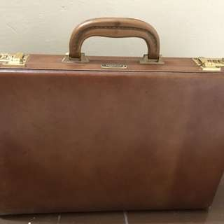 Vintage Presto leather briefcase