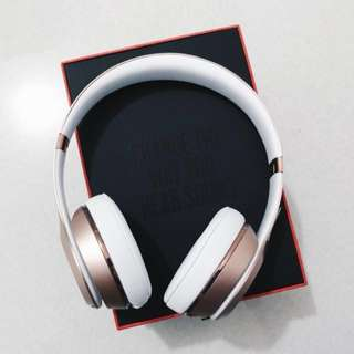 Beats Solo3 Wireless On-Ear Headphones in Rose Gold