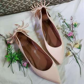 """Authentic Aquazzura Firenze""""Forever Marilyn"""" Nude Patent  Tassel Ballet Flats Size 34 but fits to size 35"""